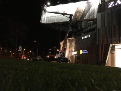 Plošina bočný dosah billboard bratislava OC Central